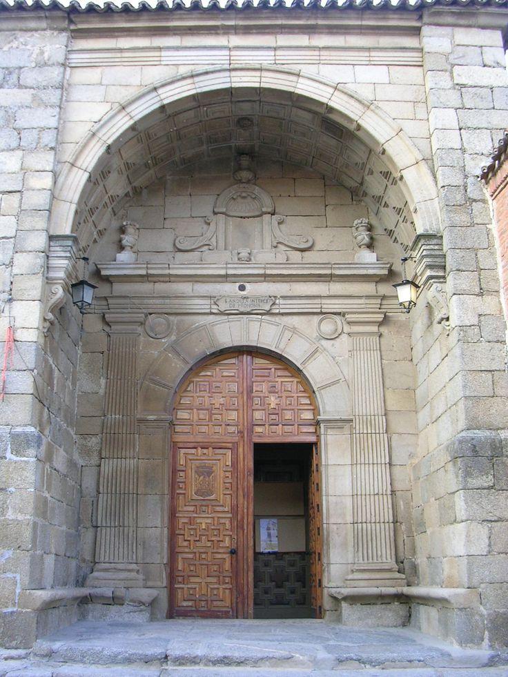 Iglesia de San Andrés (Castillo de Bayuela) Portada principal. Pedro de Tolosa (1560-1564)