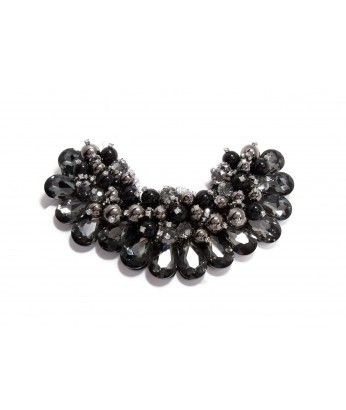 Large Collar Necklace With Dark Grey Crystals and Black Beads. MALEFIQUE - Maleficent inspired special edition - Find it here http://beewhimsy.com/index.php?route=product/product&path=80&product_id=177