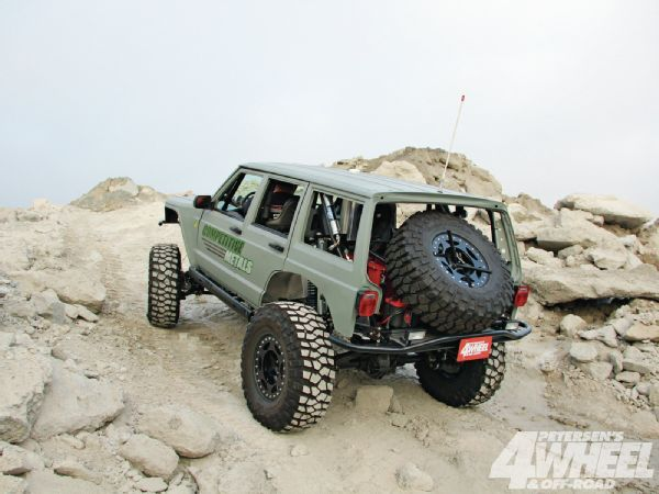 1986 Jeep Cherokee - Race 2 Recreate Photo & Image Gallery
