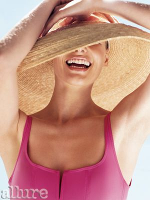 4 Simple Skin-Safety Tips: SPF, Retinol, Sunscreen Wipes, Oh My: Daily Beauty Reporter: Daily Beauty Reporter: allure.com