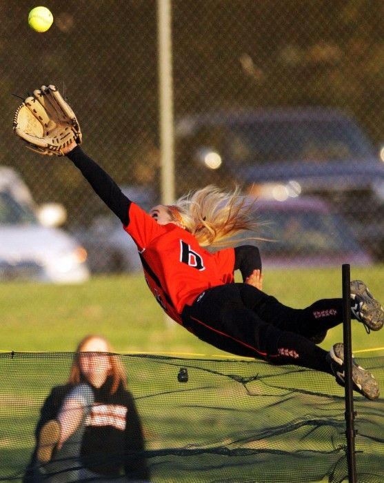 Now that is how you play softball. Anything to get the out!! That softball life tho! :)