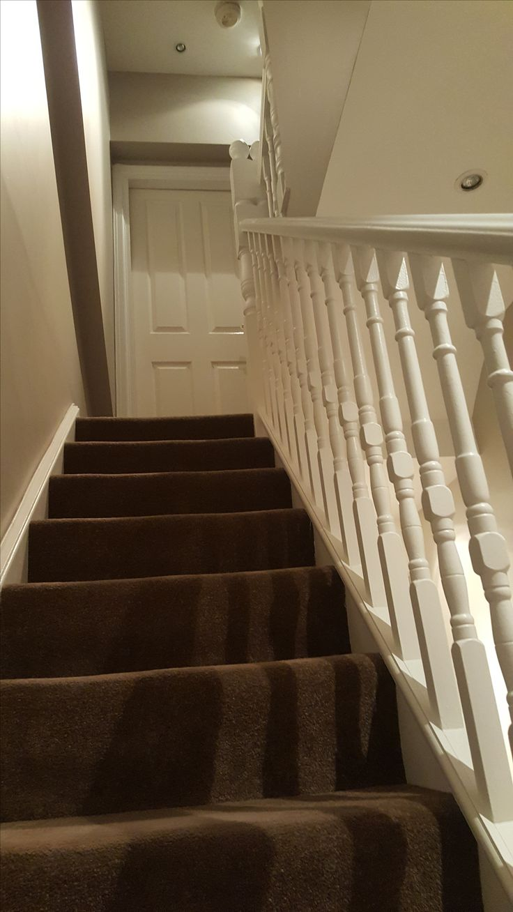 Ceiling (Dulux super matt) Walls (Farrow & Ball elephant's breath No.229 Railing (Dulux eggshell white)