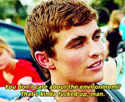 Dave Franco in scene in 21 Jump Street.  He's so awesome just like his big bro James Franco, so happy, and humor, full of fun spirit.  And Dave's voice, love it, lil raspy, adore cute, I could listen to him in every movie.  <3
