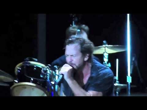 Pearl Jam Wrigley Field 2013 FULL.  WOW.  The opener, Release, STILL gets to me.