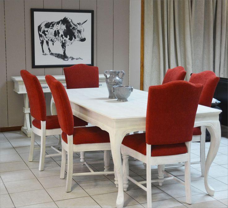 https://i.pinimg.com/736x/4c/ef/08/4cef08f3086adae9fa65974d6ae71b72--dining-room-suites-dining-rooms.jpg