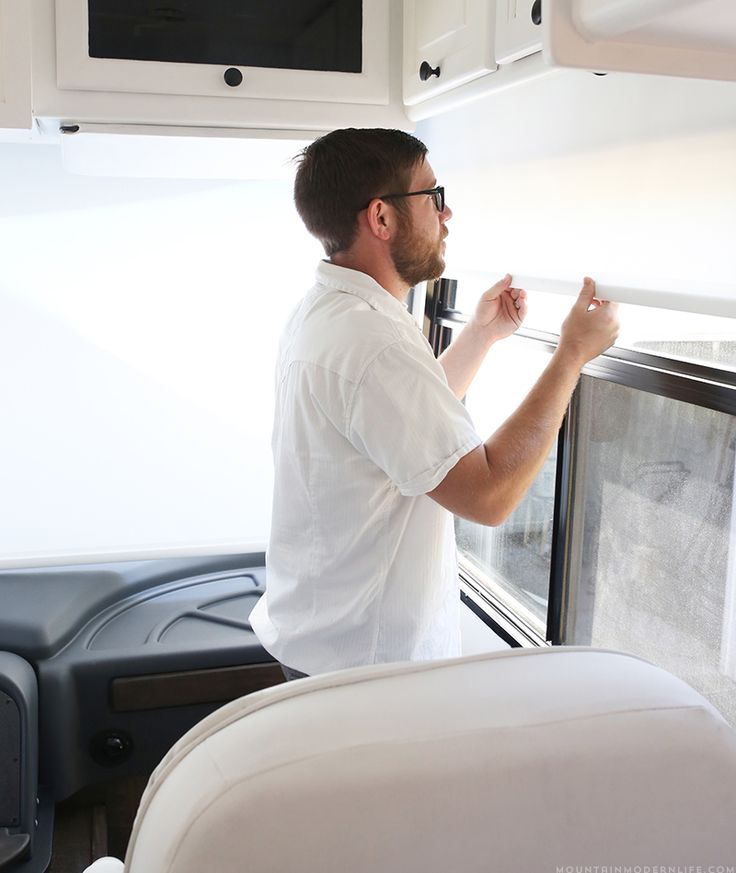 replacing-curtains-in-rv-with-roller-shades-mountainmodernlife.com