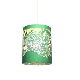Een klein kunstwerkje uit papier geknipt voor op de kinderkamer. De lamp is 25 cm hoog en heeft een doorsnede van 21 cm.