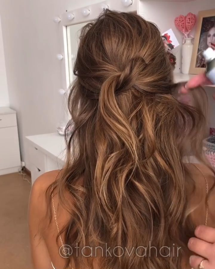 #hairstylist #tutorials #hair #cutHairstylist, hair tutorials, hair cut, delicate hairstyle, beautiful hairstyle