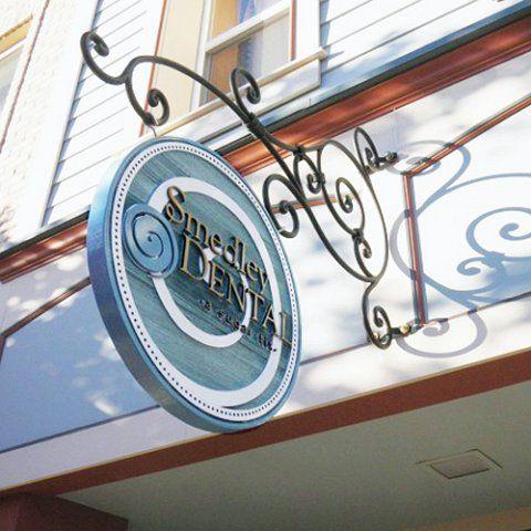 Smedley Exterior Sign(2).jpg 480×480 pixels