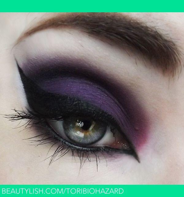 Great eye makeup for halloween.  Purple Witch | Victoria D.'s (ToriBiohazard) Photo | Beautylish
