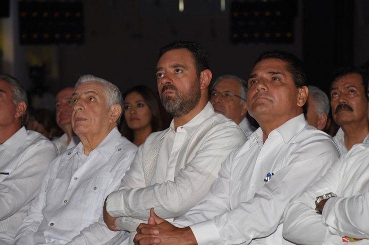 El gobernador de Michoacán acudió esta mañana como invitado especial del mandatario de Campeche, Rafael Alejandro Moreno Cárdenas, a su Segundo Informe de Gobierno – Campeche, Campeche, 07 de agosto ...