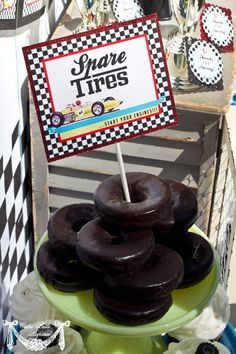 Spare Tire Donuts- cute for a Pinewood Derby night. Race Car Party, Vintage Race Car Party – PRINTABLE BLANK TREAT Labels @ Wedding Ideas