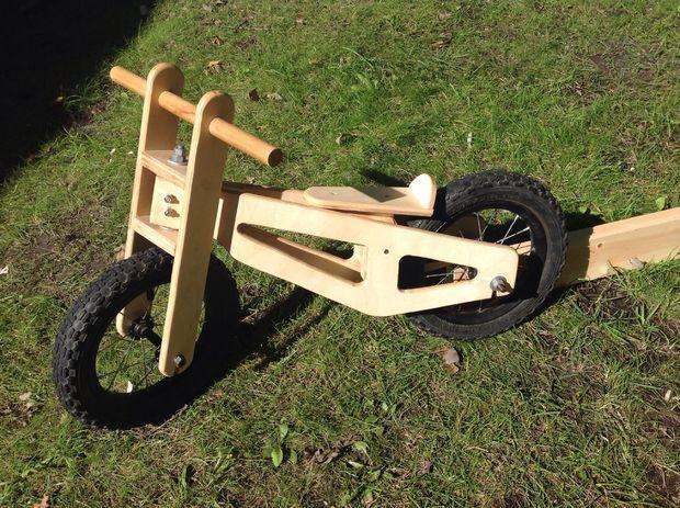 Cuadro de bicicleta de equilibrio de madera
