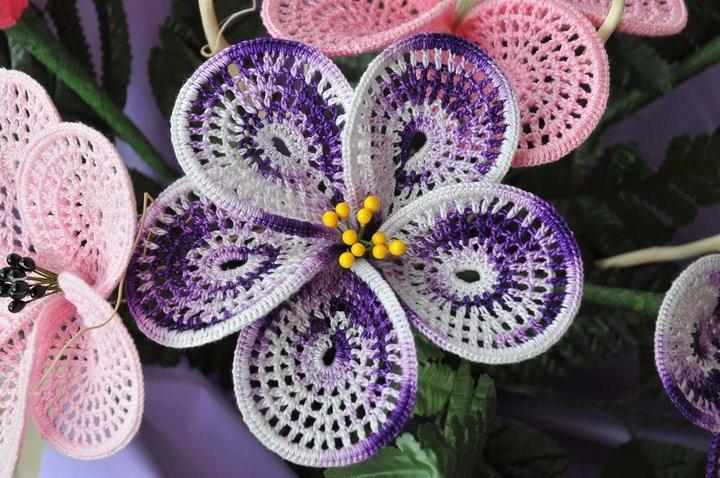 Free Crochet Pattern Orchidee : 17 beste afbeeldingen over Gehaakte bloemen op Pinterest ...