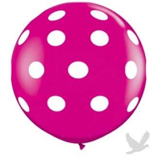 Polka dot patterned balloons are a cheerful addition to any event. Big balloons look stunning when carried by bridesmaids, or as a unique prop in Engagement photo shoots.