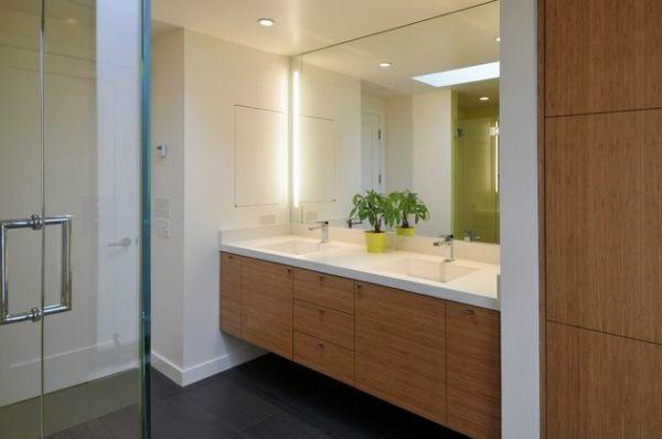 salle-de-bain-bois-sourise-claire