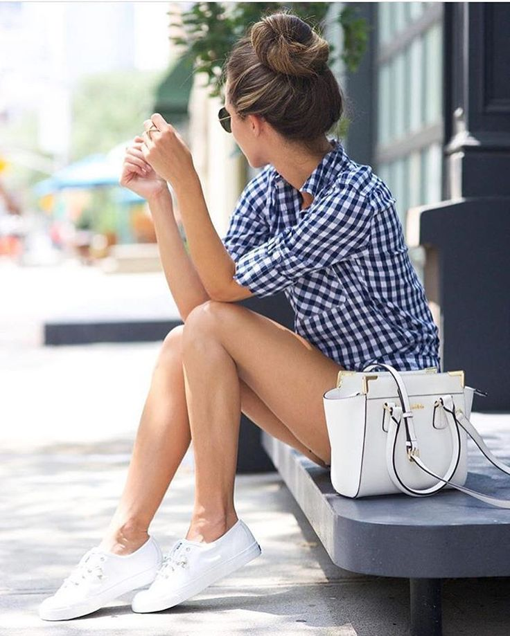 Streetstyle via amazing @somethingnavy ...   The Best Total Street Style Fashion Looks To Inspire You