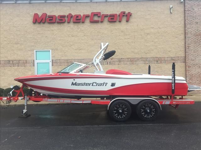 2014 20' Used Mastercraft ProStar Ski and Wakeboard Boat For Sale - $49,900 - Hudsonville, Michigan. See boat pictures, videos, and detailed specs.