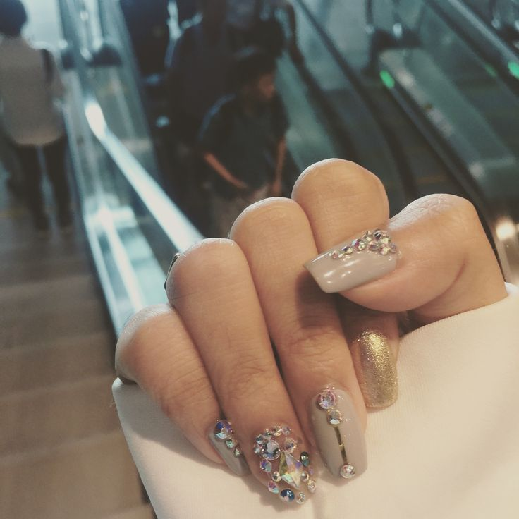 Nude grey nails with shining gems Follow xxdna on instagram to support❤️❤️