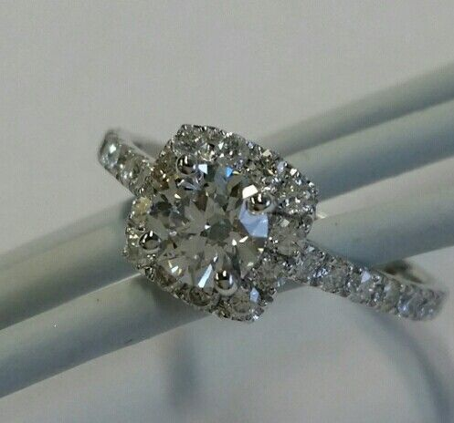 Cushion cut diamond Diamondspecialist.com.au