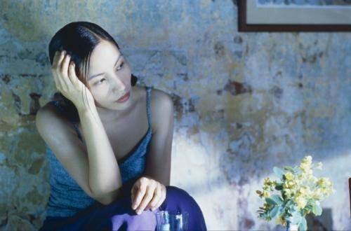 """Tran Nu Yên-Khê dans """"A la verticale de l'été"""" de Trần Anh Hùng"""