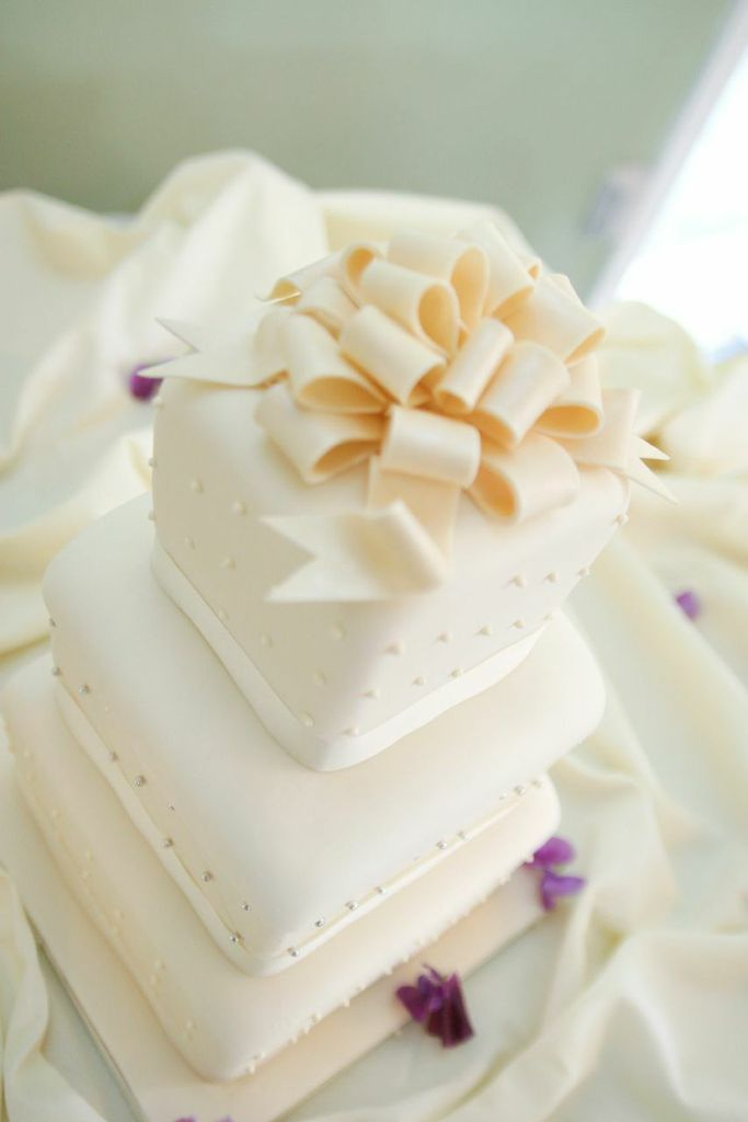 wedding cakes los angeles prices%0A Patina Catering delivers the best wedding catering Los Angeles has to offer  featuring innovative catering menus at beautiful venues to ensure a magical