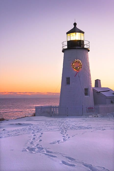 Pemaquid Point Lighthouse With Christmas Wreath   Bristol   Maine   Photo By Keith Webber Jr