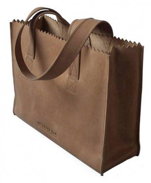 De originele My Paper Bah van MYOMY, trendy leren handtas met ritssluiting. #tas #tassen #bag #bags #original #fairtrade