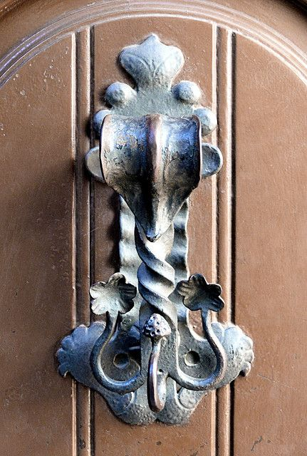 ♅ Detailed Doors to Drool Over ♅ art photographs of door knockers, hardware & portals - Door Knocker