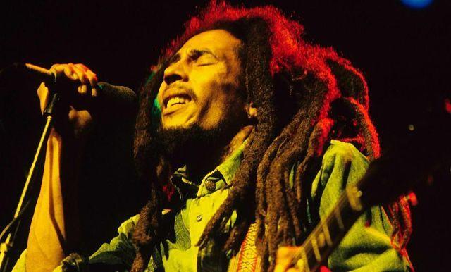 Estrella Reggae / Se cumplen 73 años del nacimiento de Bob Marley / Zulia.- Su música reggae fue su mayor legado, Bob Marley nació un 6 de febrero de 1945, fue músico, guitarrista y compositor jamaiquino, Bob Marley era caracteristico por su atuendo rastafari, y sus letras llenas de verdades. Este miércoles cumple 73 años de su nacimiento. Marley fue quien puso sello único