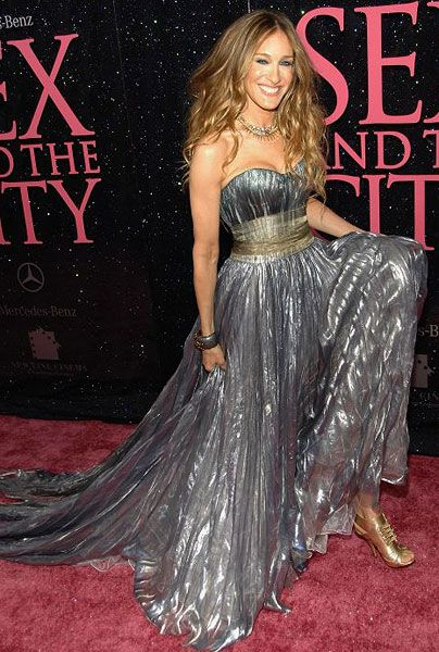 Sarah Jessica Parker in a Nina Ricci gown by Theyskens.