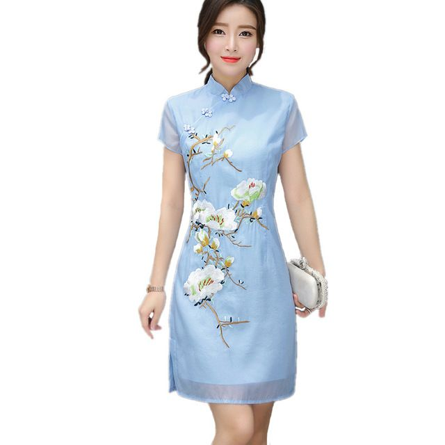 2017 Summer Plus Size Sexy Design Cheongsam Short Sleeves Chinese Oriental Cheongsam Embroidery Stand Neck Loose Chiffon Dresses