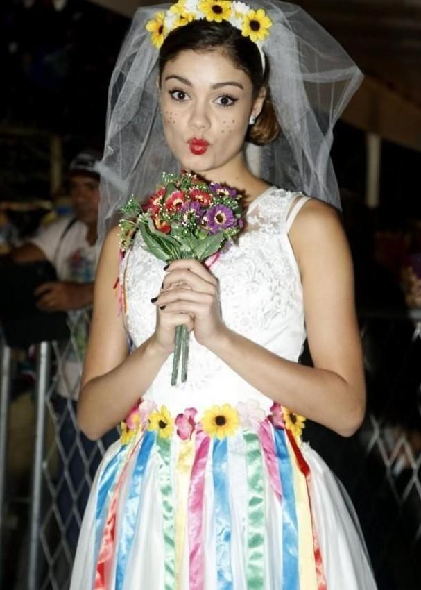 Veja aqui maravilhosos modelos de vestido de festa Junina 2017. Confira dicas de lojas, e fotos de vestido de festa Junina 2017 em modelo infantil e adulto.