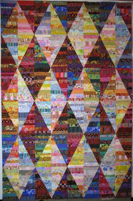 Great scrap quilt showing color value!