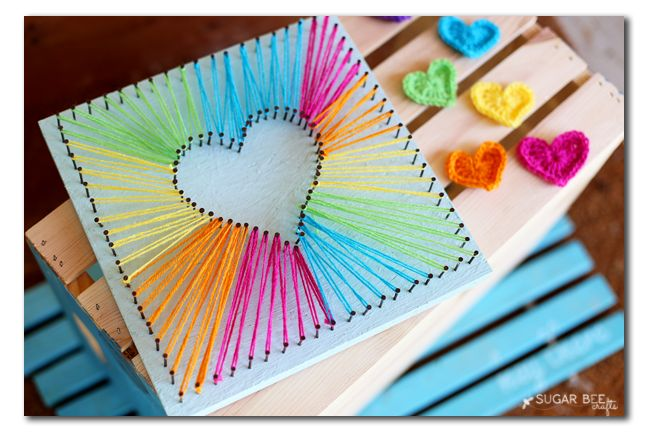 As you know, I've been obsessed lately with string art.  We're starting to pull things together for my daughter's room decor, and she has a bright and fun vibe.  Of course we needed to incorporate some string art – and so Heart String Art it is! So fun and bright, and a simple shape so …