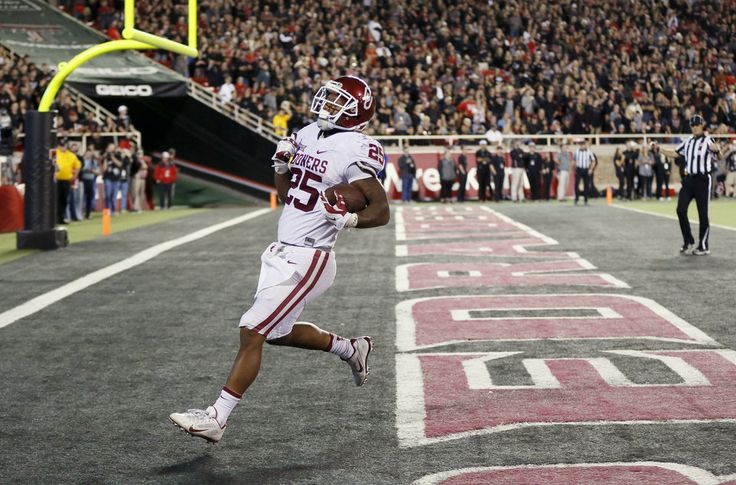 Oklahoma's Joe Mixon (25) scores a touchdown in the fourth quarter during a college football game between the University of Oklahoma Sooners (OU) and Texas Tech Red Raiders at Jones AT&T Stadium in Lubbock, Texas, Saturday, Oct. 22, 2016. OU won 66-59. Photo by Nate Billings, The Oklahoman