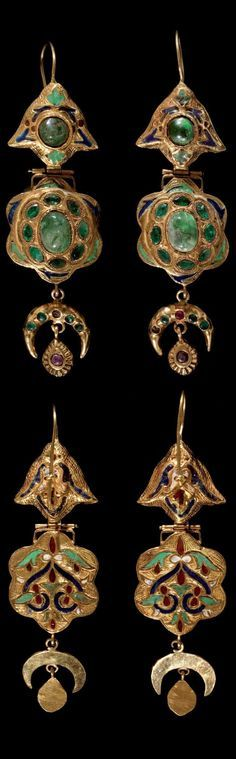 Morocco - Fez   Pair of earrings; gold, enamel with rubies and emeralds.    ca. 1st half of the 19th century   8'568€ ~ sold (Dec '11)