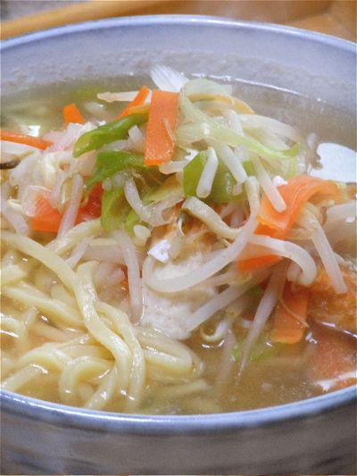 お疲れ夜遅ごはんは、野菜たっぷり!タンメン風沖縄そば。 by akkiさん ...