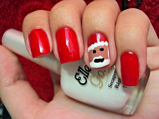 santa claus red nail design picture. http://easynaildesigns.org/5-christmas-nail-designs-2014/