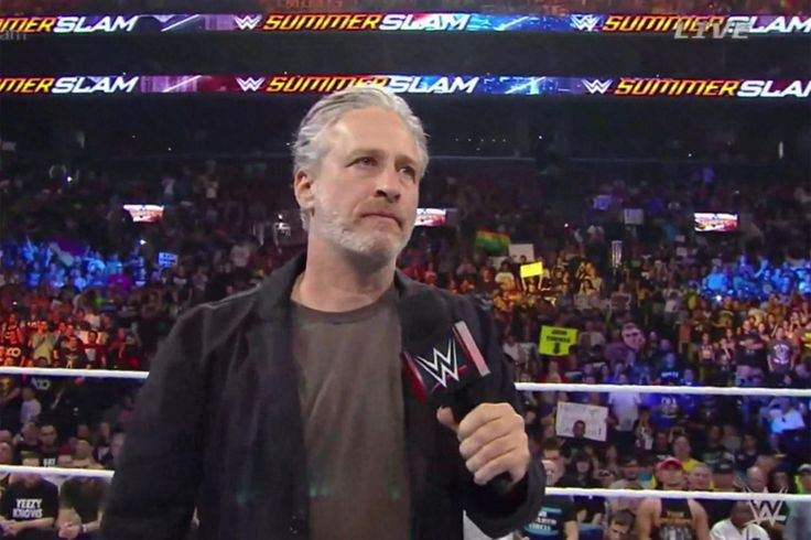 Jon Stewart and Stephen Amell Rule WWE's SummerSlam - And We're Already Awaiting Their Return!