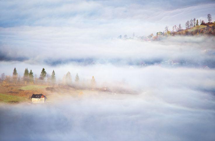 Biomes - Hills - Foggy, Lakes [JA]