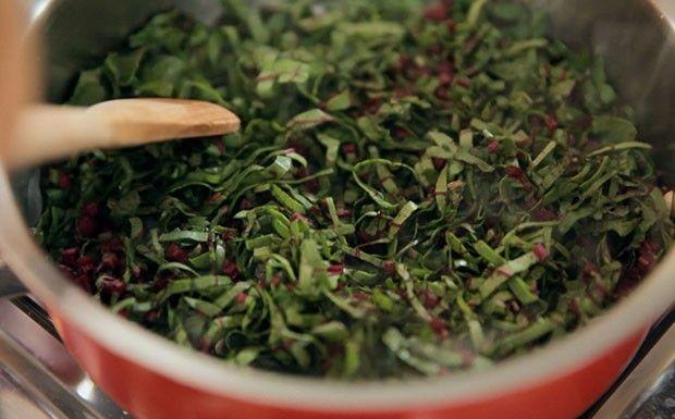 Refogado de talo e folha de beterraba (Foto: Reproduo / GNT)