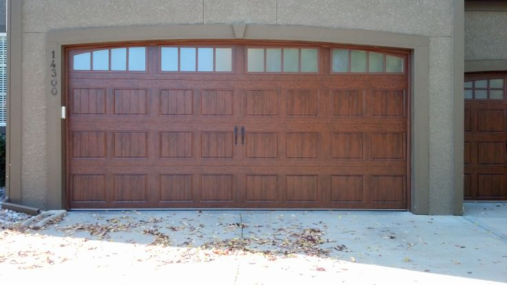 Clopay gallery collection ultra grain steel insulated for Buy clopay garage doors online