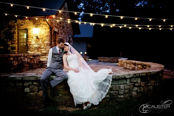 Monte sano lodge wedding jessica vince monte sano for Wedding dress shops in huntsville al
