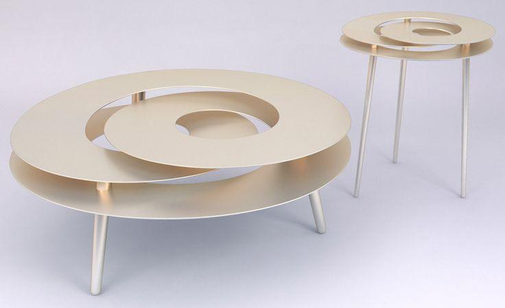 Janne Kyttanen étend la collection avec des meubles soudés d'explosion à New-York Design Week