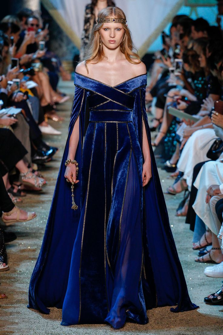 Elie Saab Fall 2017 Couture Fashion Show - Jess PW