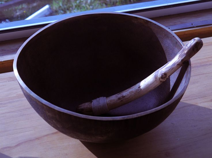 Latest version of Bell Bowl No.20, with broom mallet