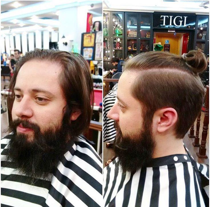 Nossa barbearia conta com profissionais que podem te ajudar com sugestões de corte de cabelo e de desenho para a sua barba. Esse trabalho é da nossa barbeira Naomi Nishida do Circus Pamplona ✂️ Agende online em www.circushair.com 💈 #barbeariacircus #circushair #circuspamplona #ruapamplona #barbershop #barber #barbearia #barbeariasp