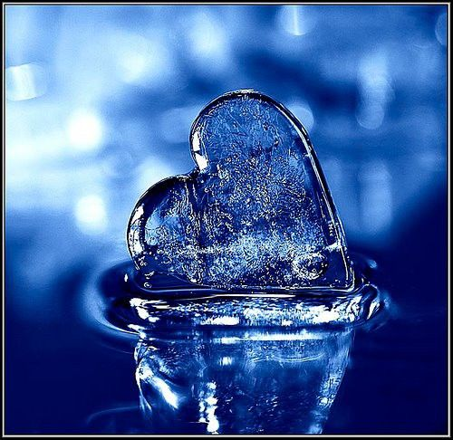 icy blue heartBlue, Beautiful Blue, Ice Blue, Melted Heart, Colors, Icy Blue, Blue Heart, Ice Heart, Heart Melted