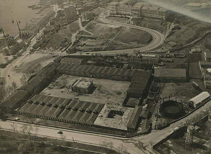 Dolmabahçe Sarayı Has Ahırları (1930'lar) #birzamanlar #istanlook #nostalji